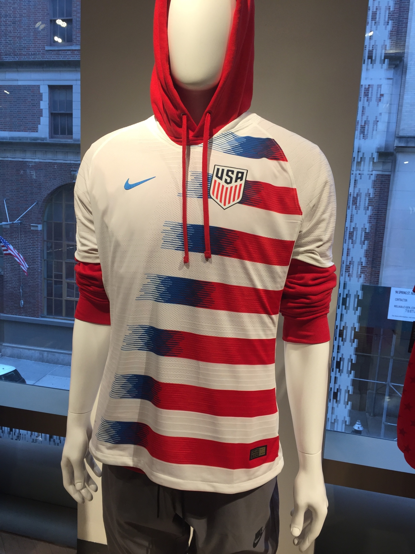 fee6cda788b This one is just for the collectors as this new Nike kit made for the USA  will not be featured in Russia in 2018. The kit pays homage to the American  flag ...